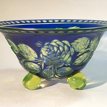 Loetz Cut Glass Bowl (Blumenschnitt #333 décor) 1927 - Art Deco