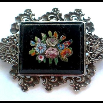 Antique Micro Mosaic brooch set in 835 Silver - Fine Jewelry