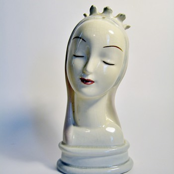 "GOLDSCHEIDER EVERLAST CORP.-USA  ""MADONNA"" - Pottery"