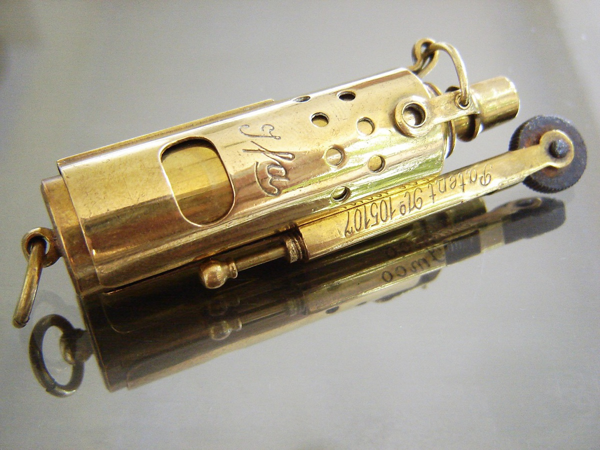 IMCO IFA 105107 Pocket Cigarette Lighter   Collectors Weekly