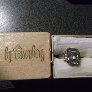 Eisenberg Ring - Costume Jewelry