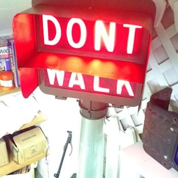 Marbelite Lawdescent Lite Pedestrian Signal - Signs