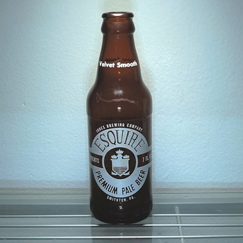 1975 Esquire Beer Bottle Jones Brewing Smithton, Pennsylvania Glass Amber Brown Vintage ACL GCC - Bottles