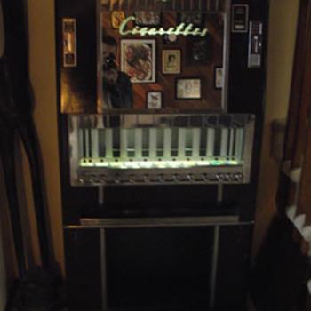 Cigarette Machine - Tobacciana
