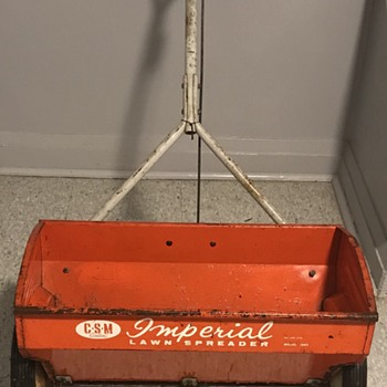Imperial Lawn Spreader. - Tools and Hardware