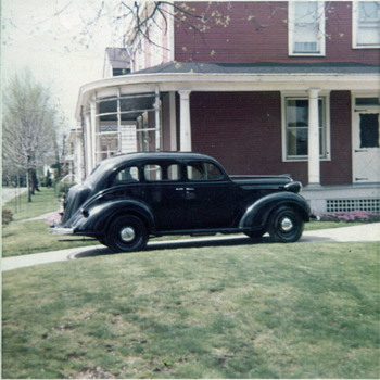 1938 PLYMOUTH SEDAN - Classic Cars