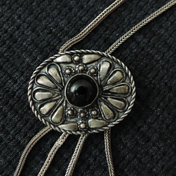 Hand made Silver and onyx necklace - Native American