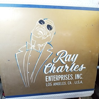 Logo from Ray Charles crashed aircraft in 1985. - Advertising