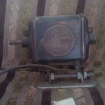 domestic machines cleveland ohio sewing machine ? - Sewing