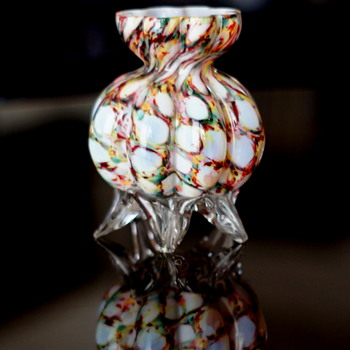 Confirming a Shape as Welz..... and a Décor Confirmation to go With It!! - Art Glass