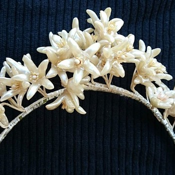 Wedding head piece: Still trying to pin down a possible origin and timeline - Fine Jewelry