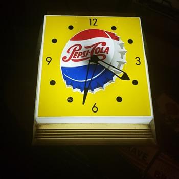 Pepsi Clock - Advertising