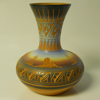 "Native American Vase ""Mesa Verde Pottery, Cortez Co""20 Century - Native American"