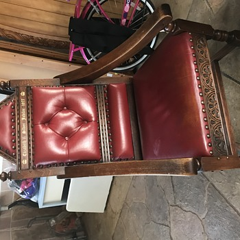 Silver jubilee throne replica 1977