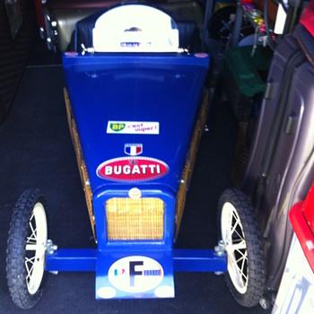 Bugatti Pedal Car - Model Cars