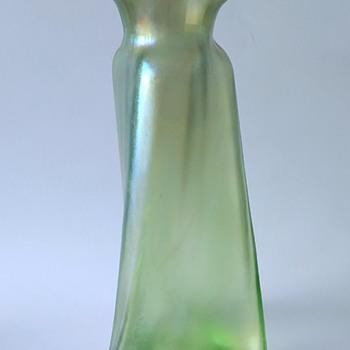 Loetz, PN II 814, 1900, Olympia. - Art Glass