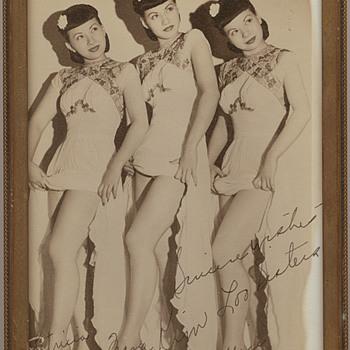 Kim Loo Sisters photograph - Music Memorabilia