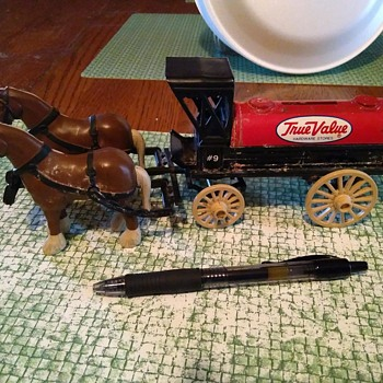 Plastic and Metal ERTL True Value Horse Carriage Bank - Advertising