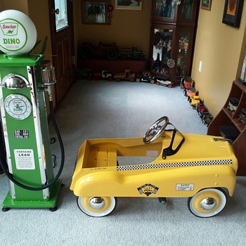 My newest ( 5th ) Pedal Car and  Old Fashioned Gas Pump - Model Cars