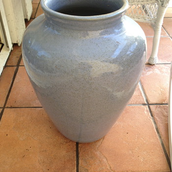 Two very attractive blue with brown speckled pots. - Pottery