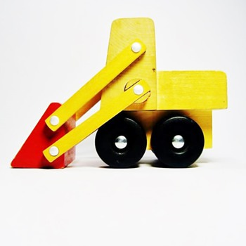 JUHO JUSSILA 1874-1947 - Toys