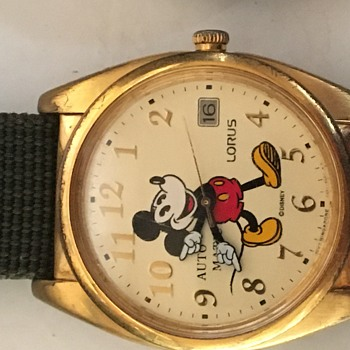 A few vintage Mickey Mouse Automatic Wristwatches - Wristwatches