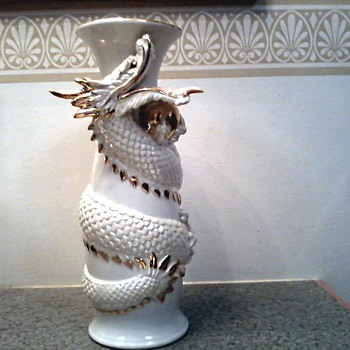 Imposing White Dragon Ceramic Vase with Gold Details /T.K.N. Made in Japan  / Unknown Artist and Vintage   - Pottery