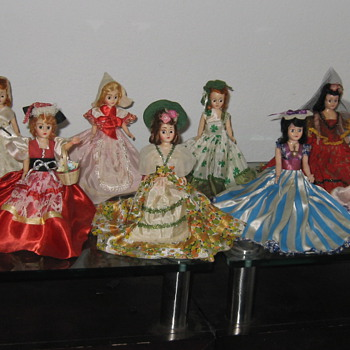 Beautiful Dolls of Many Lands from Kraft Natural Sliced Cheese promotion