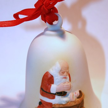 1985 The Kneeling Santa Bell or Ornament... - Christmas