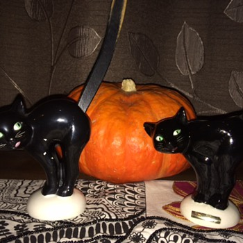 Halloween black cat figurines - Figurines