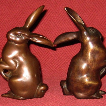 Pair Of Small Bronze Hares - Animals