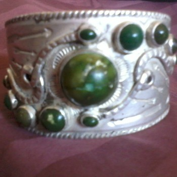 American Indian Bracelet, Silver and Green Turqoise, (Harvey 1920's???) - Native American