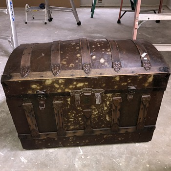 Trunk Find - Furniture
