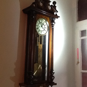 My newly inherited clock, but what type is it? - Clocks