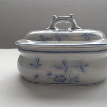 Fischer & Mieg Bohemian Covered Soap Dish - Art Nouveau