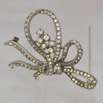 Vintage Trifari Sterling Ribbon Brooch Pin Costume Jewelry Classic