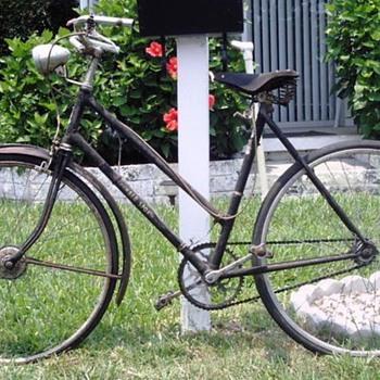 1930's Ladies's Humber Sport Vintage Bicycle