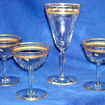 Crystal goblet and champagne Glasses - gold rimmed - Glassware