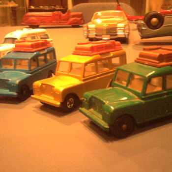 Matchbox Land Rover Safaris...All three colors too. - Model Cars