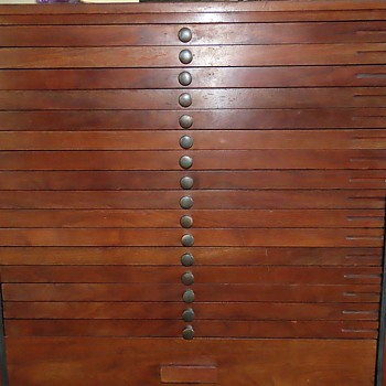 Cabinet Type Unknown - Furniture