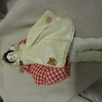 Is this antique or repdoduction? - Dolls