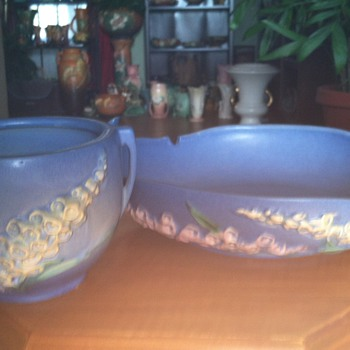 Roseville Blue Foxglove - Pottery