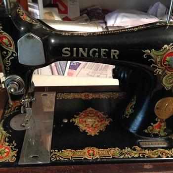 Singer 1924 128 - Sewing