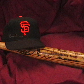 Game Used Autographed Barry Bonds SF Giants Cap