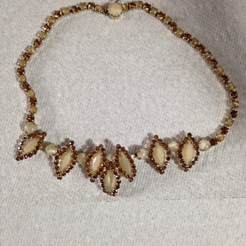 Weiss necklace - Costume Jewelry