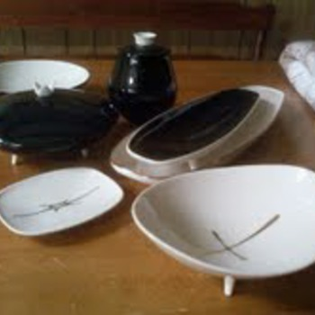 vintage Franciscan Contours artware - China and Dinnerware