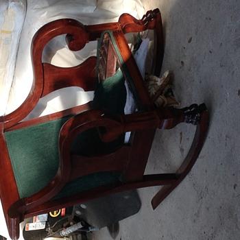 Seasons Greeting Chair