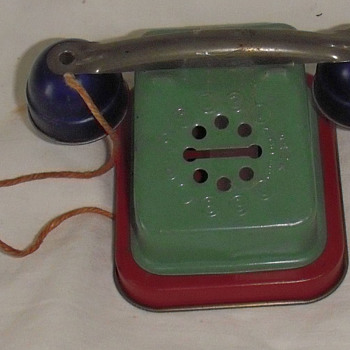 Toy telephone bank