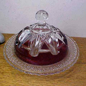 GORGEOUS EAPG RUBY STAINED GLASS BUTTER DISH WITH LID   - Glassware
