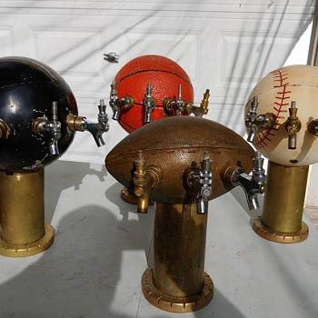 Need help,  who, where, what, year made these Beer Taps?   - Breweriana